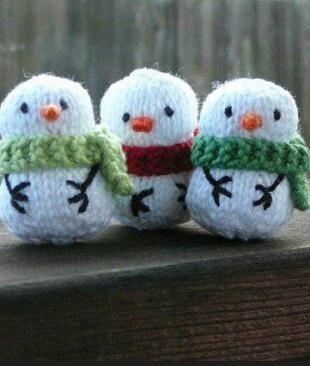 Вязание снеговика спицами