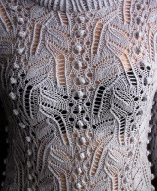 Вязание ажурной кофточки спицами