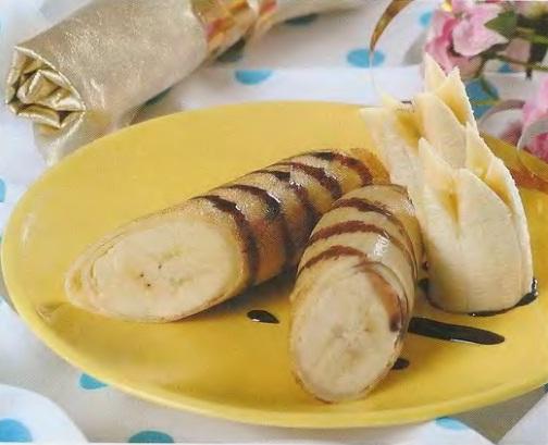Блинчики с бананами и карамелью.