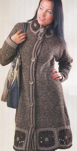Коричневое пальто связано