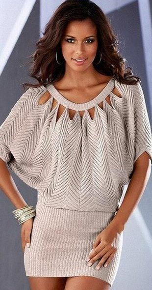 Платье-туника спицами