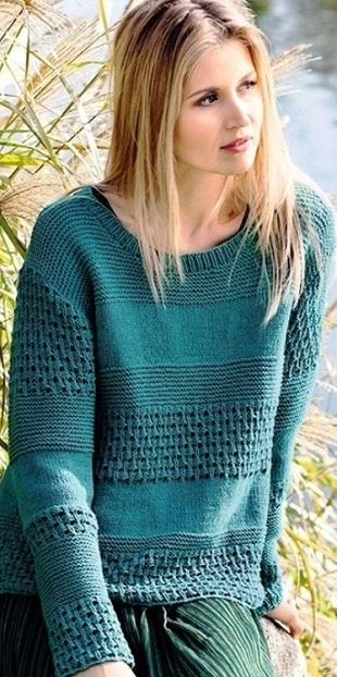 Пуловер рельефным узором спицами